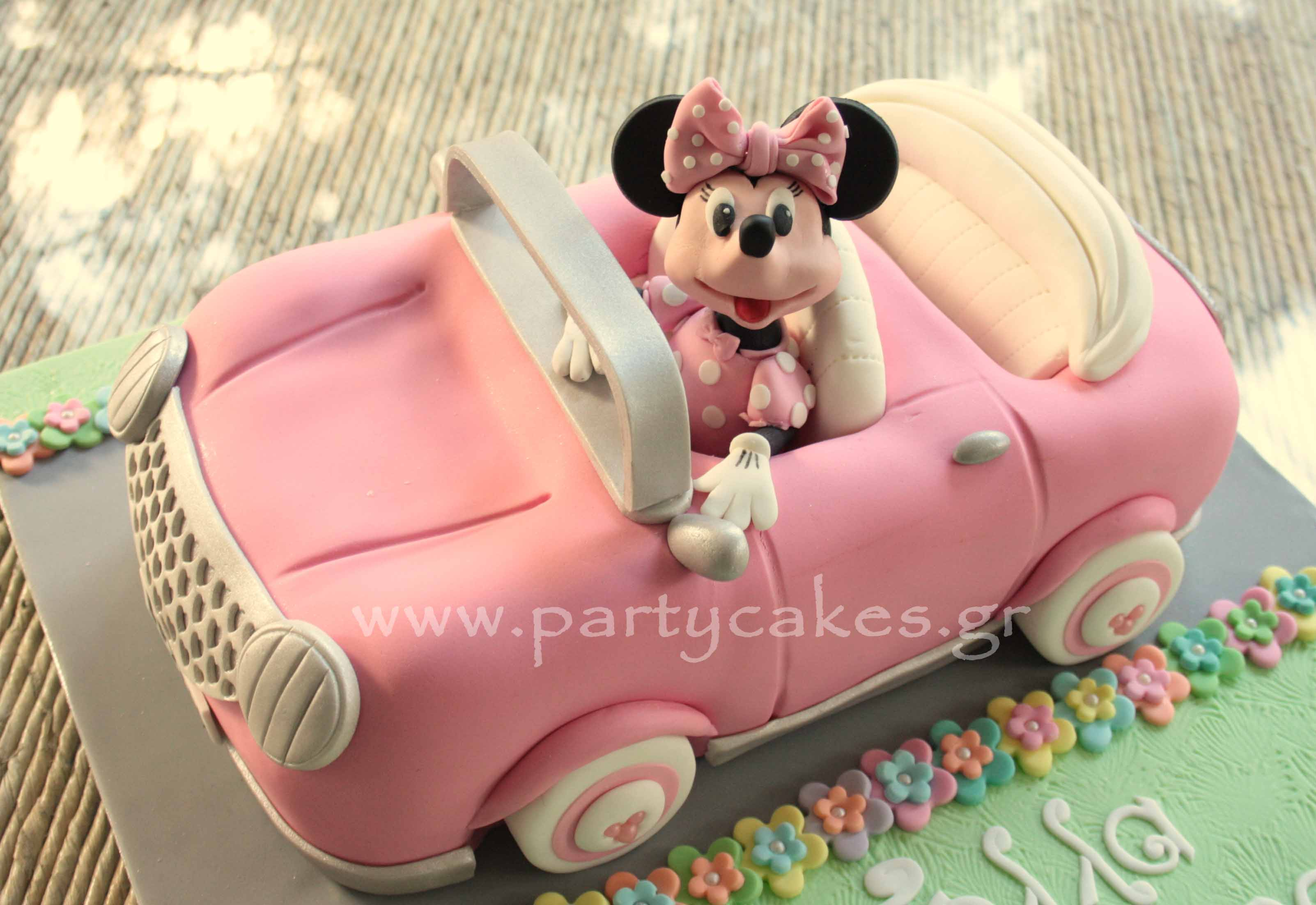Minnie Car 2.jpg