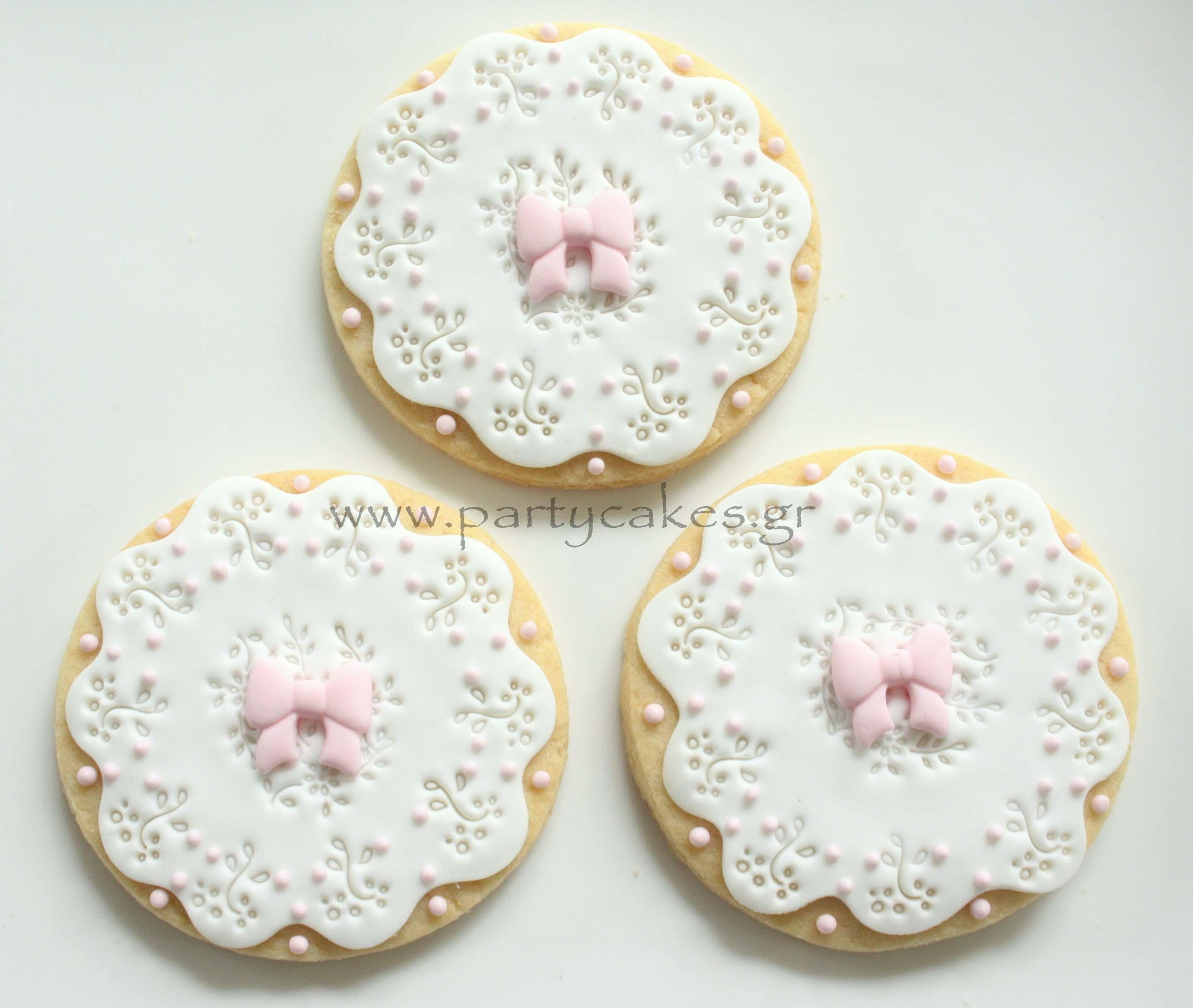 Doily Cookies 1.jpg