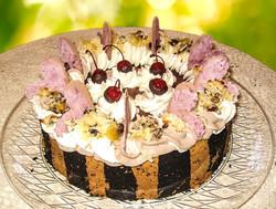 Cherry Chocolate Macaroon Cheesecake