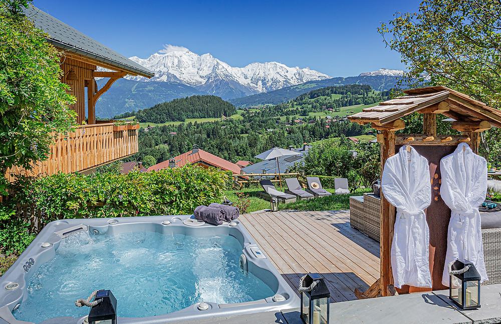 Louer un Chalet de luxe avec spa jacuzzi privatif terrasse Mont-Blanc Cordon Megève Haute-Savoie