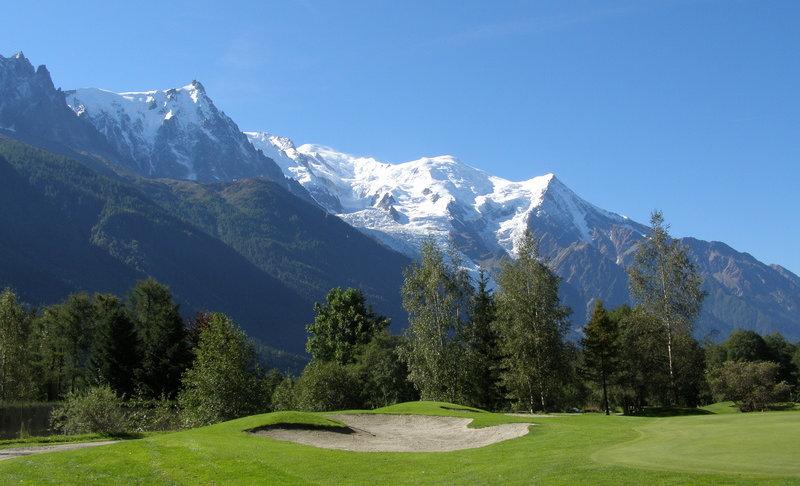 Golfs de Chamonix et Megève location de vacances chalet les Cerises