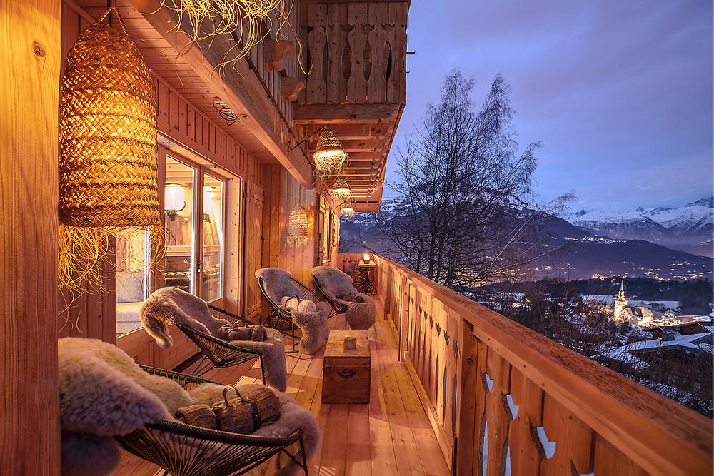 Terrasse chalet a louer luxe Cordon balcon du Mont-Banc Megeve luxe