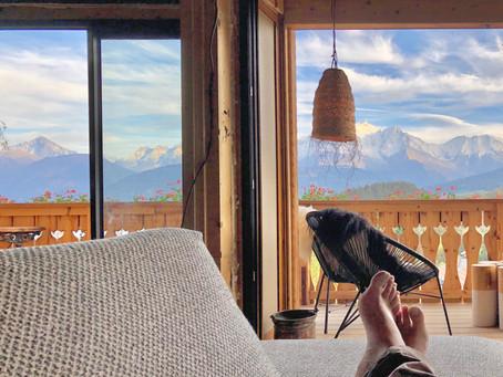 Vous pouviez déjà louer un chalet à la montagne avec une vue Mont-Blanc sublime ! Mais là, c'est 🤩
