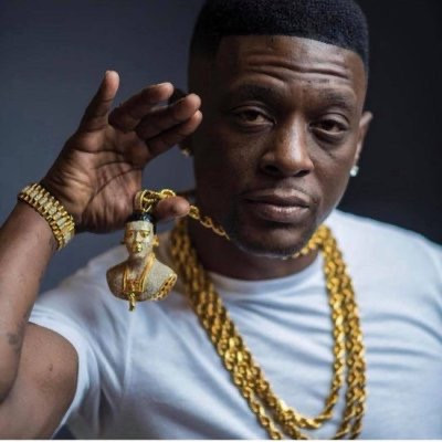 Boosie Badazz Fans Are Blasting  Him for Having Grown Women Give his Underage Sons and Nephews Oral