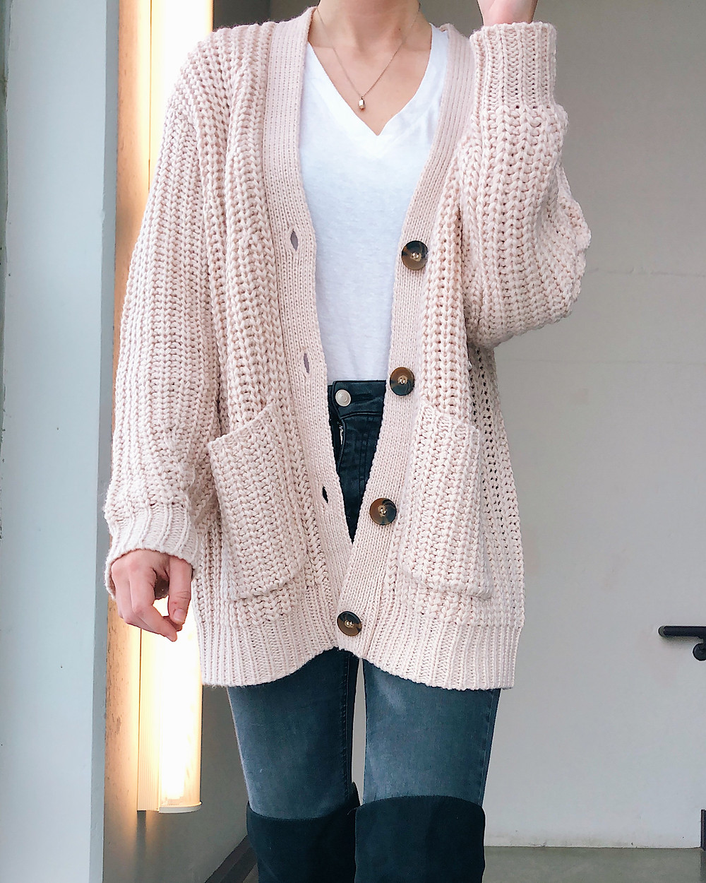 Abby Graf, the Bleached Curl, chunky knit cardigan, outfit inspiration, winter outfit