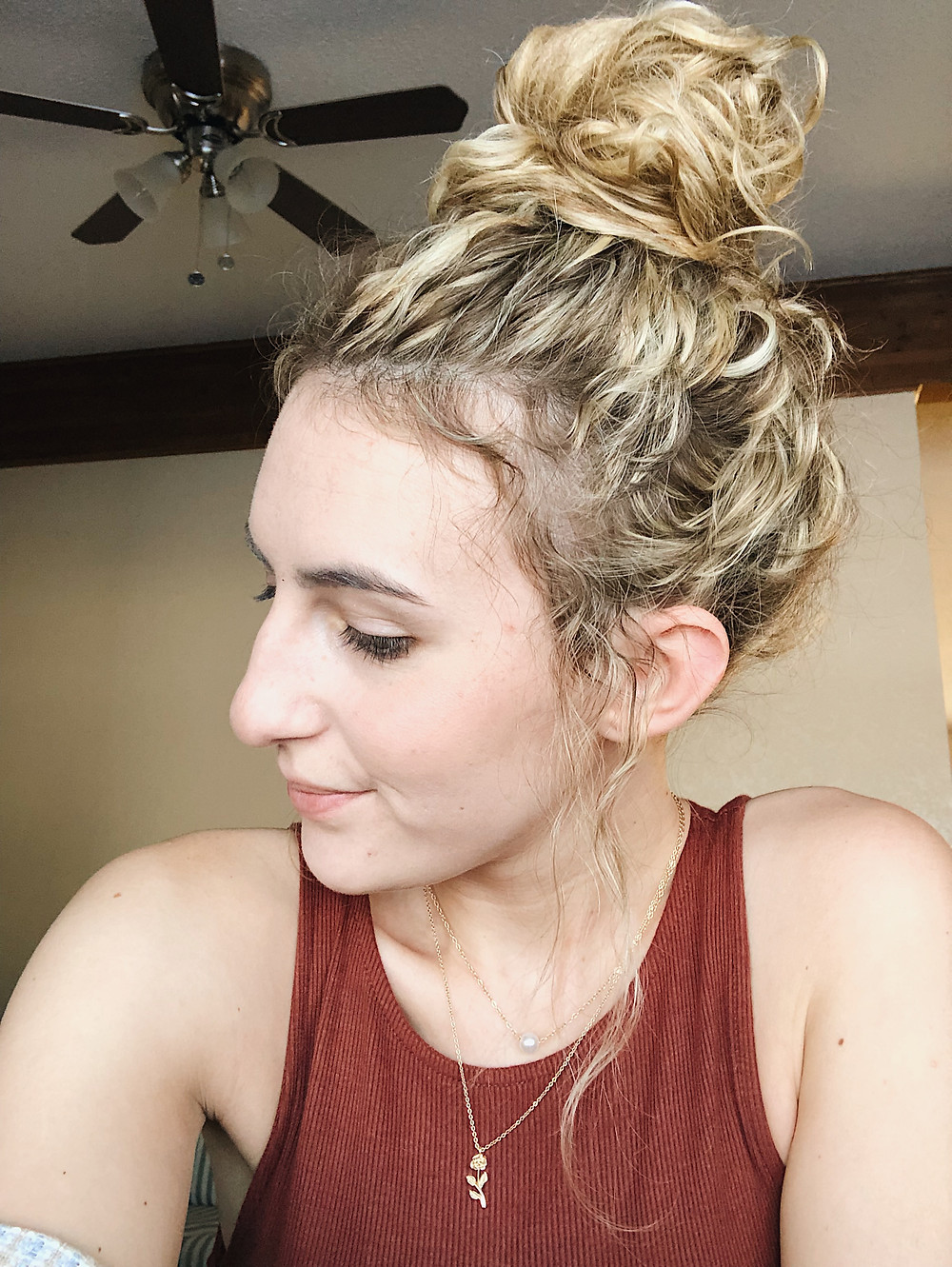 Abby Graf, The Bleached Curl, selfie