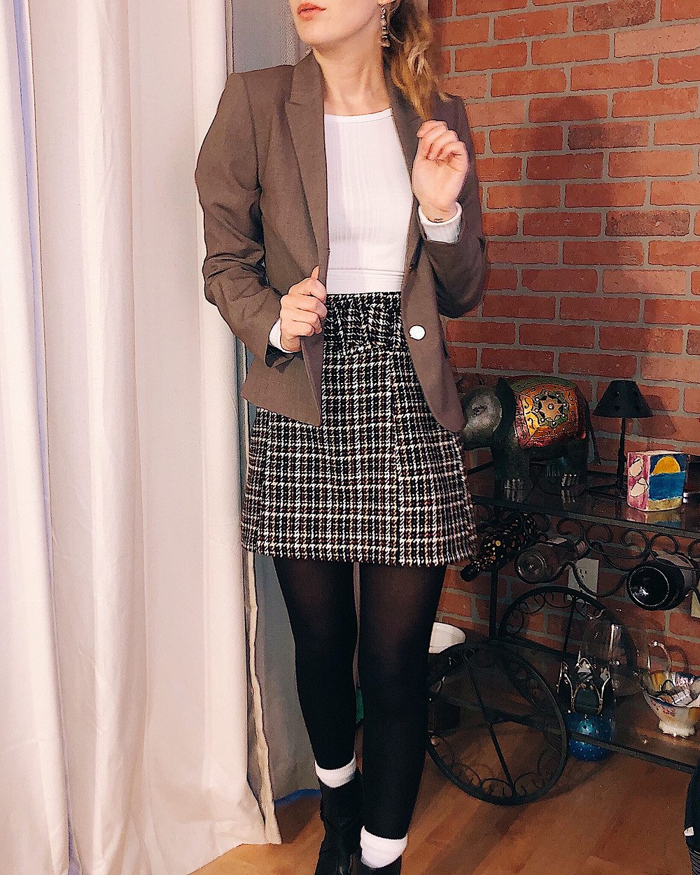 Abby Graf, the Bleached Curl, plaid skirt, minneapolis, outfit inspiration, winter outfit