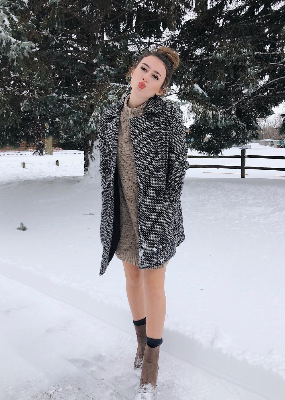 SheIn sweater dress, abby graf, the bleached curl, fashion blog