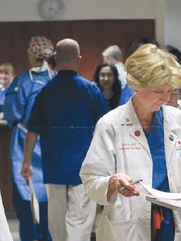 wills-eye-hospital-doctors-hallway