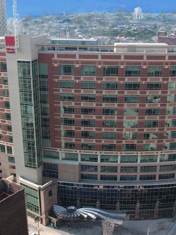 wills-eye-hospital-high-tower-view