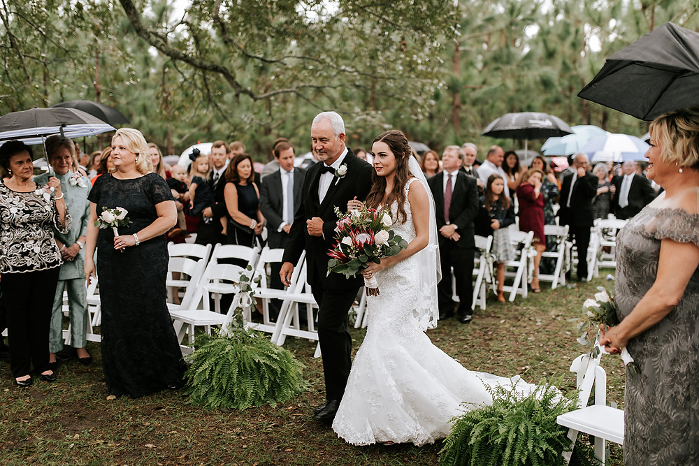 Brides Entrance (c) AshlynCatheyPhoto