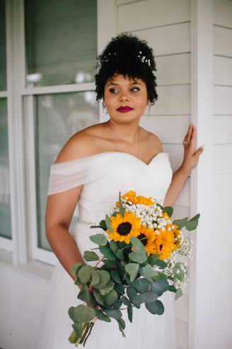 There's Something about Sunflowers | Summer Barn Wedding Alice+Ben