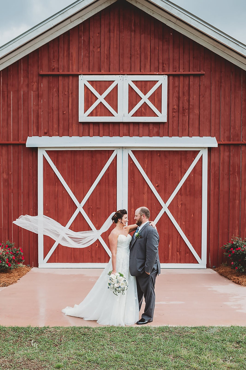Danielle+Matt at Barn