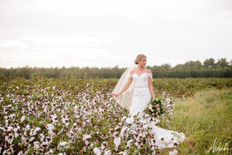 Post-Wedding Interview with DIY Bride | Kinsley Smith | Fall Wedding