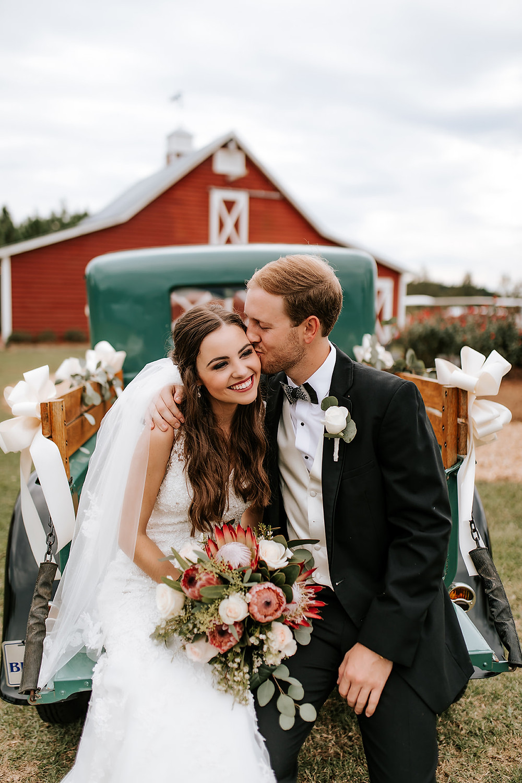 Bride and Groom (c) AshlynCatheyPhoto