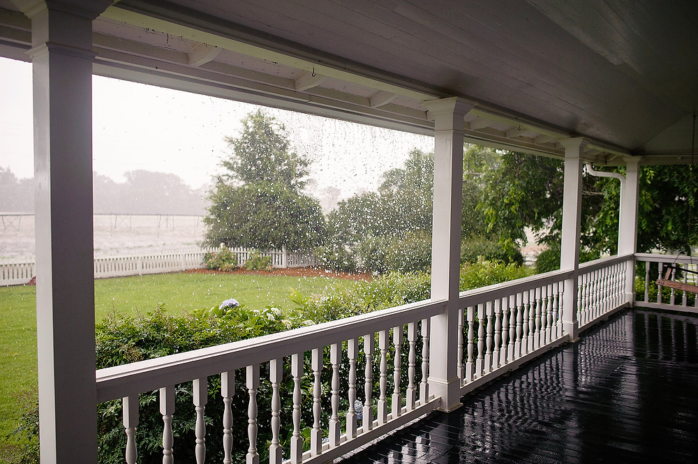 RainonPorch_WeDoPhoto