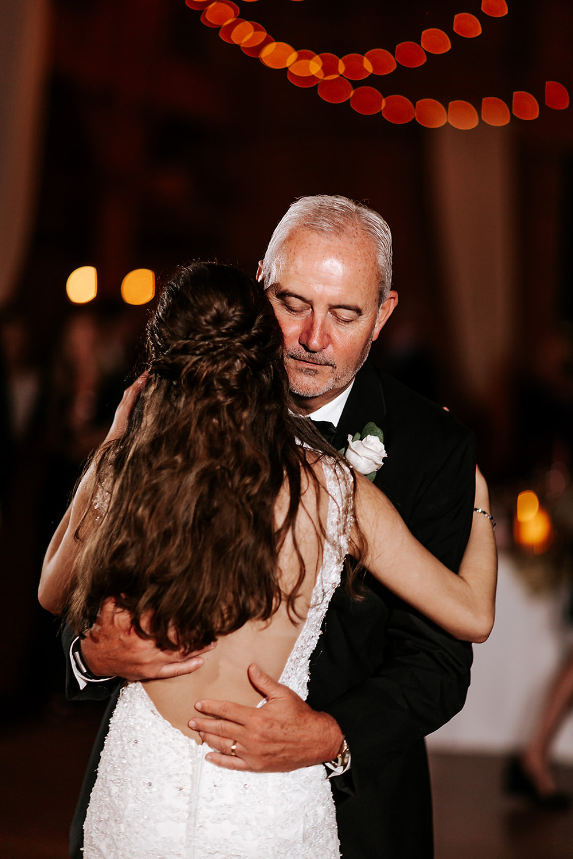 Father Daughter Dance (c) AshlynCatheyPhoto
