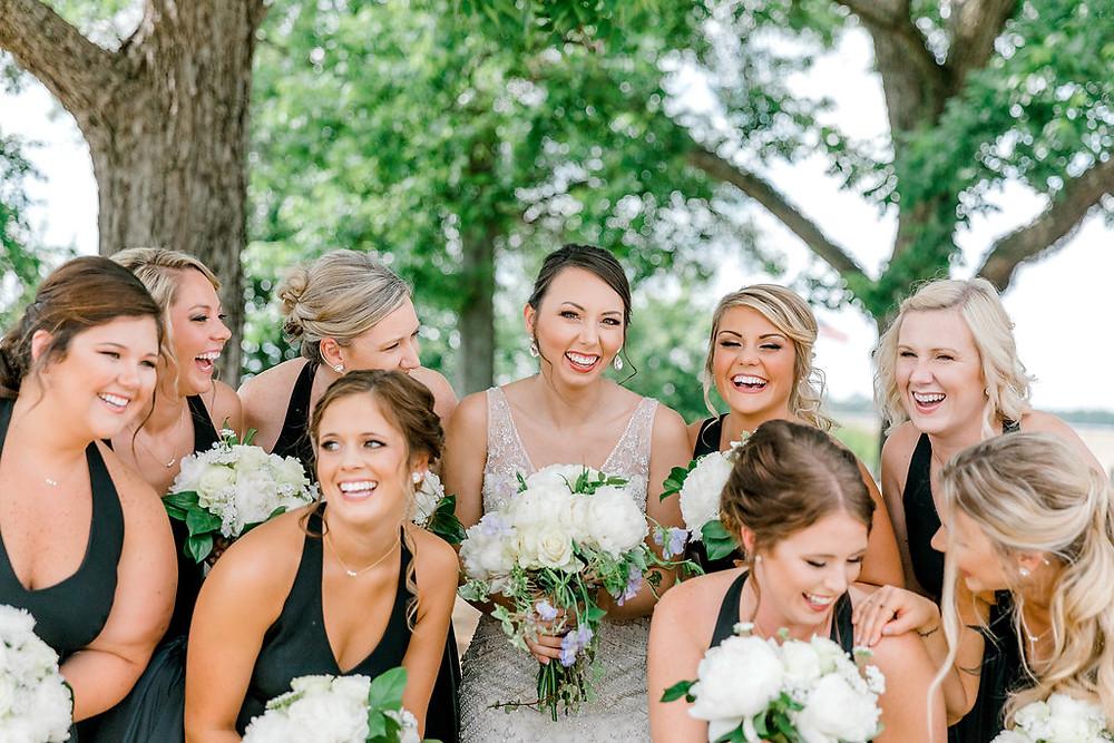 Bridesmaids (c) MorganLeighPhoto
