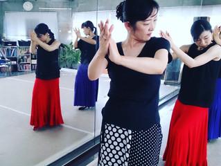 フラメンコの魅力の一つはペアダンスでないこと。