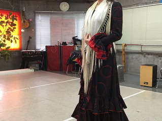 岐阜市でフラメンコ☆ドレスの試着
