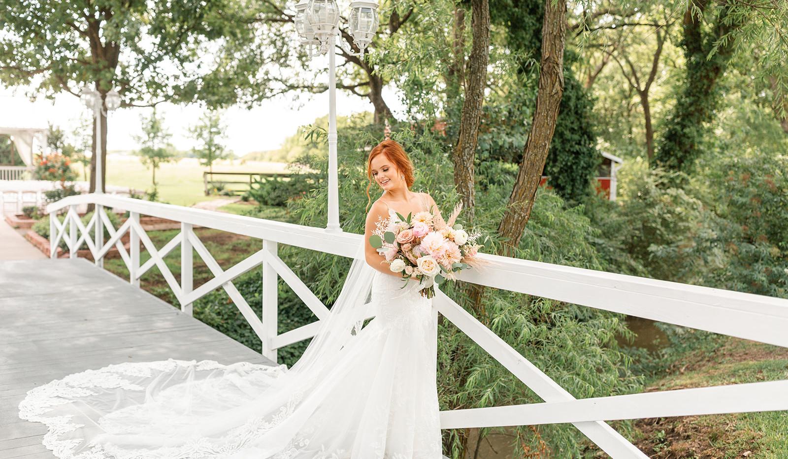 Sarah & Jordan Wedding Preview-1-23_webs