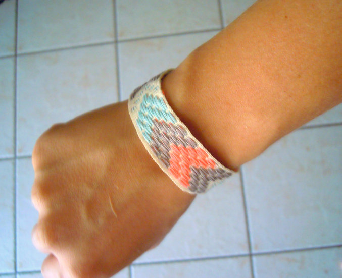 Ribbon Bracelet with Arrows