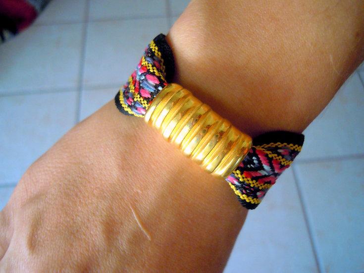 Gold Baroque Ribbon Bracelet