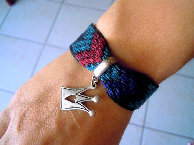 Crown Ribbon Bracelet