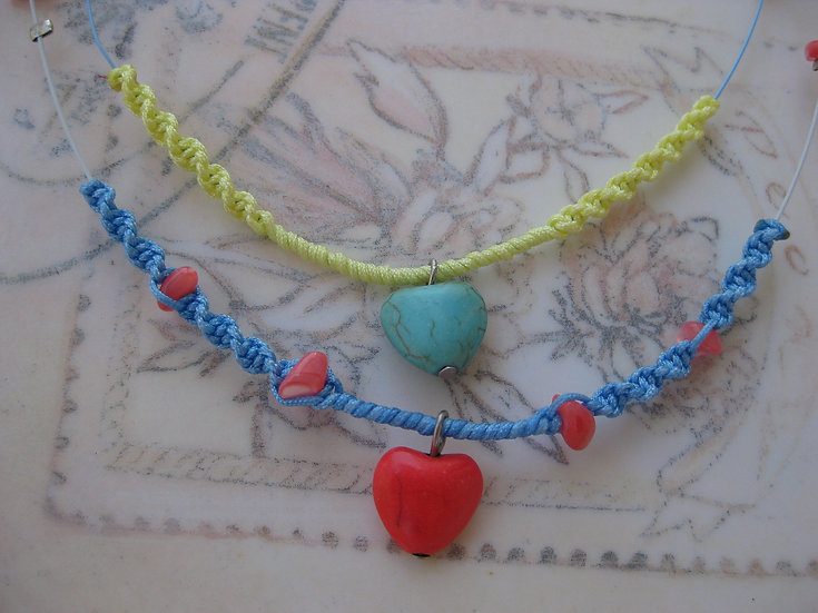Howlite Hearts Macrame Necklace