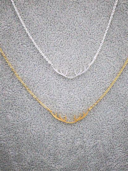 Raindeer Horns Necklace