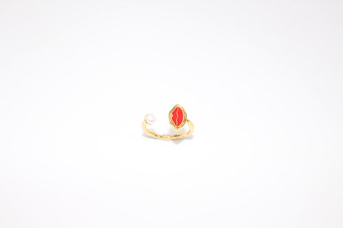 Kiss Pearl Adjustable Ring