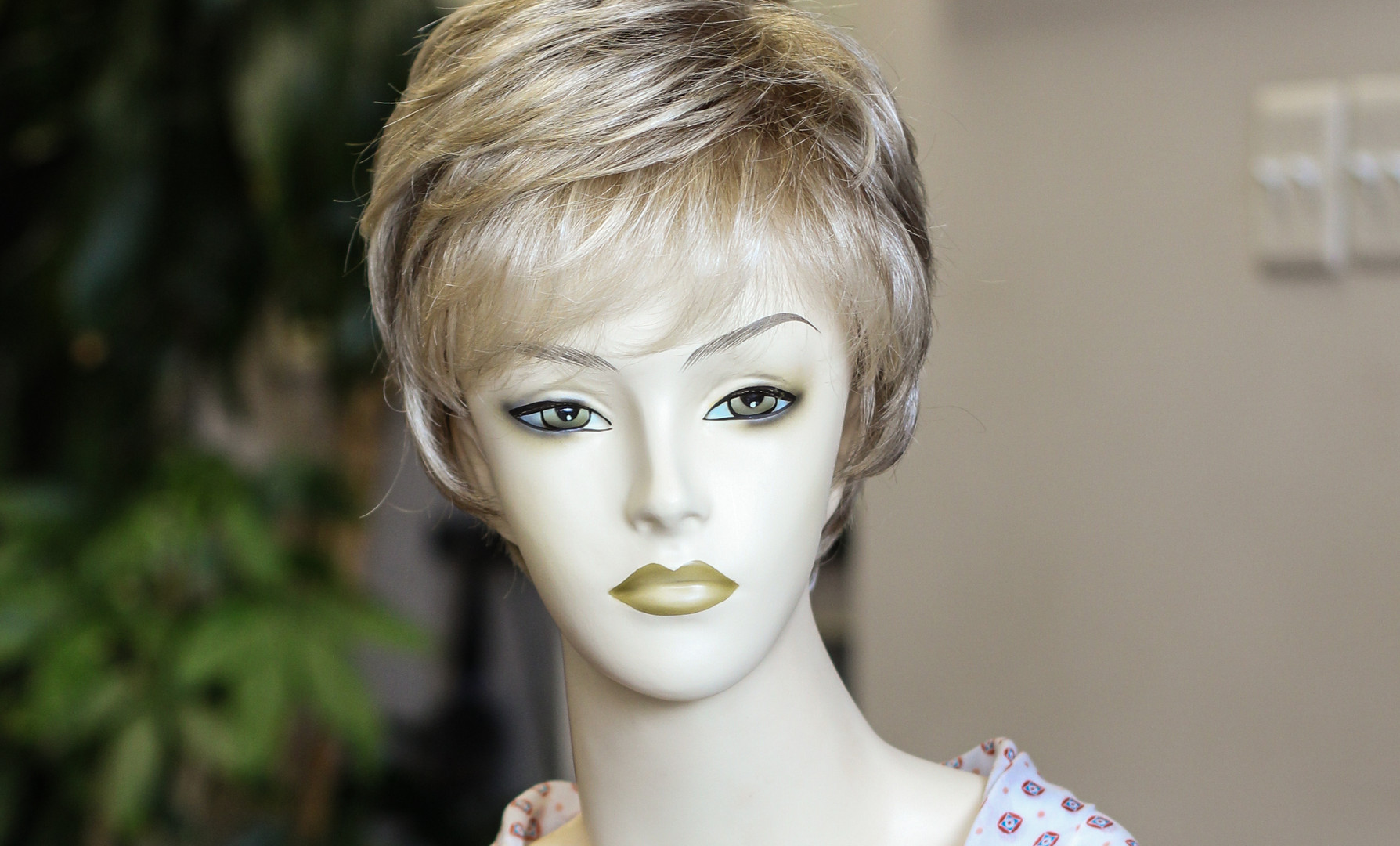 Short Lace Front Synthetic J