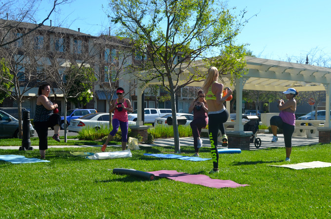 Group workout class in Tustin