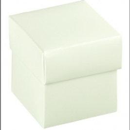 Kartonage Satin White Box