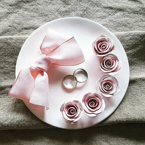 Ringschale Rund Nature mit 5 Rosen Light Rosé