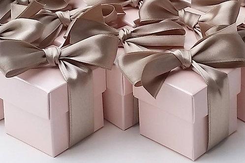 Kartonage Satin Rosa Box