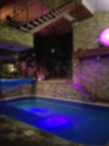 pic of pool.jpg