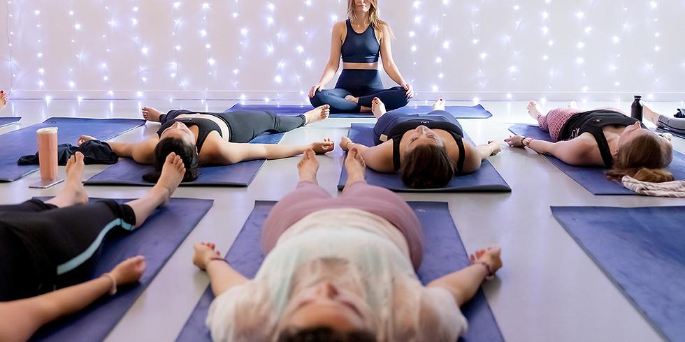 Yoga Vinyasa Online - 60 min Live sur Zoom à 18h00