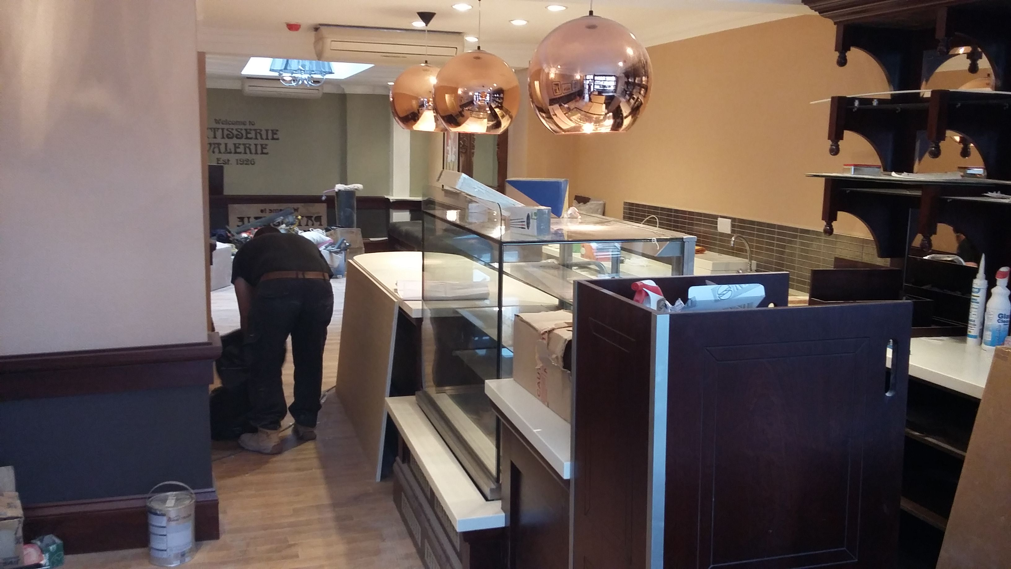 Shop Fitter Patisserie Valerie59