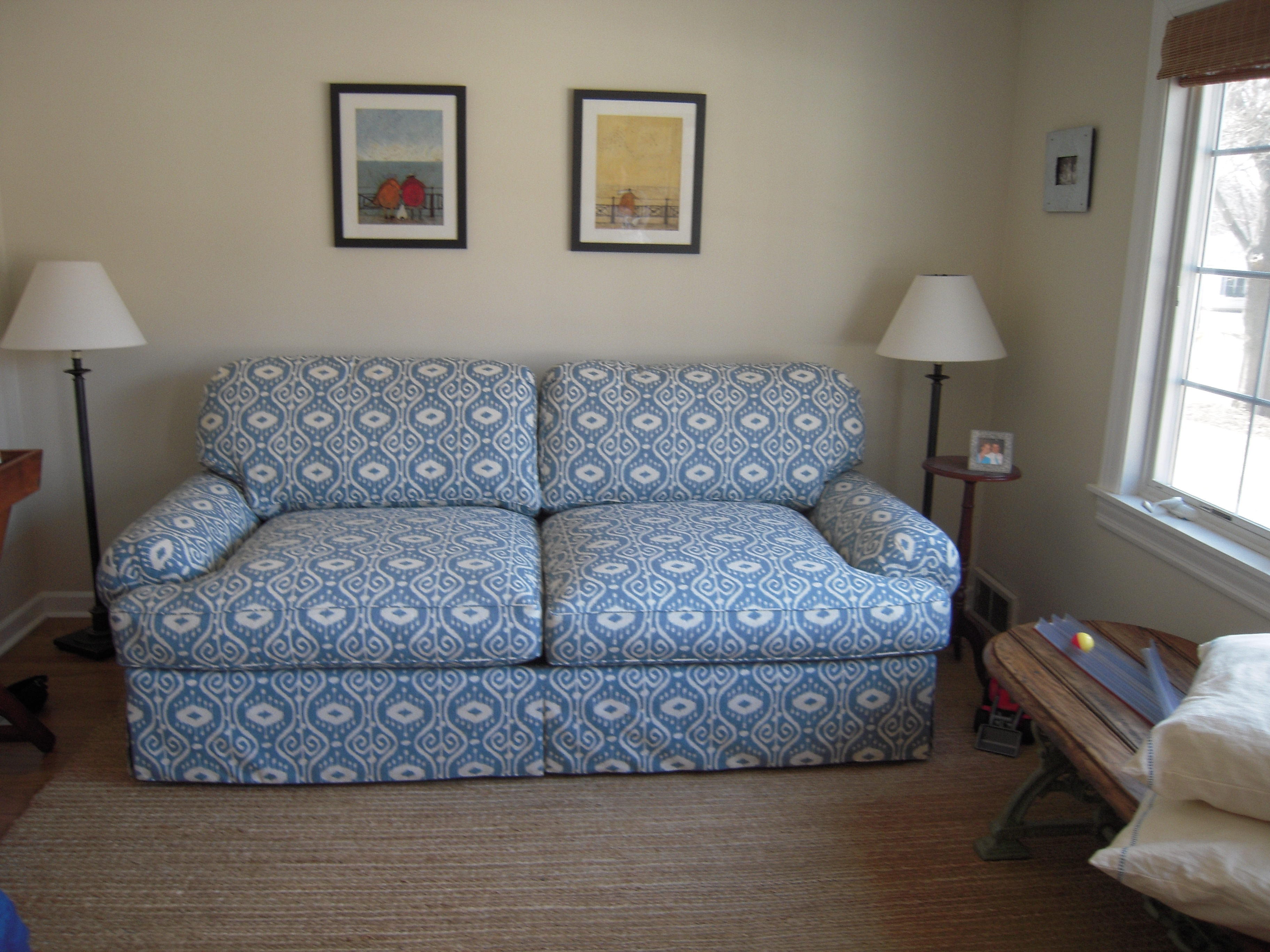Couch B 03.JPG
