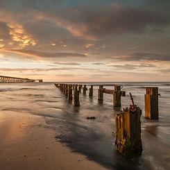 Hartlepool beach Steetley pier.jpg