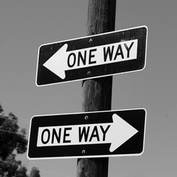 one-way-or-another-confusing-road-signs-