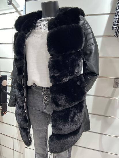 Manteau avec détail gilet fourrure