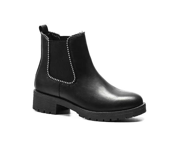 Boots simple avec clous