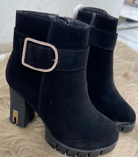 Boots noirs avec boucles