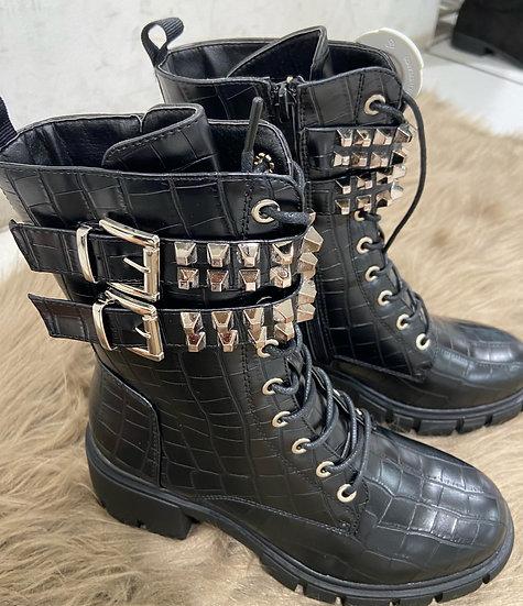 Boots en croci avec clous