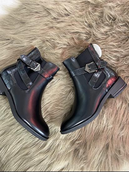Boots noirs avec lacets
