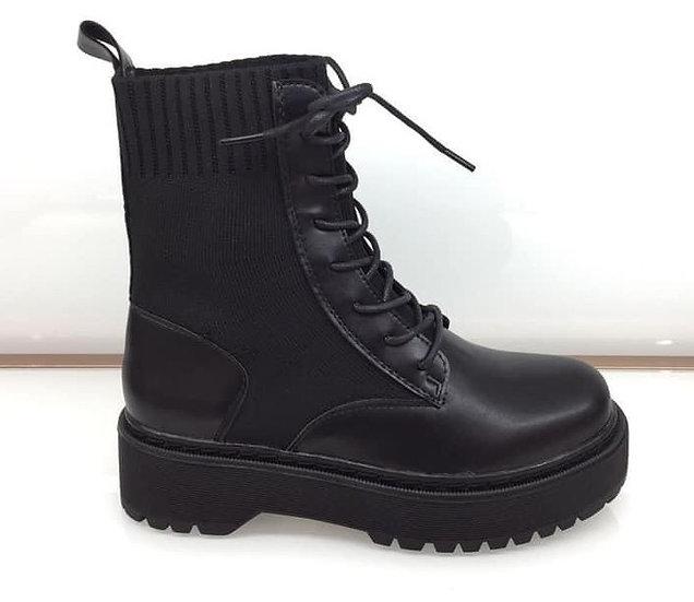boots platforme en noir