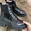 Thumbnail: Boots noirs a lacets