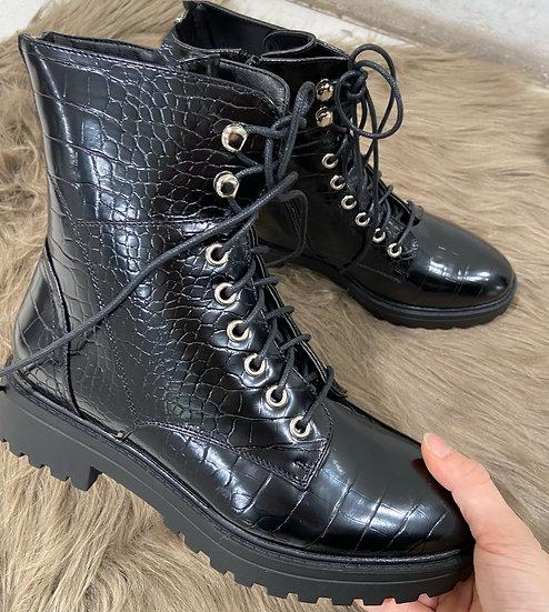 boots en style croco